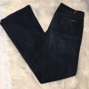 "7 for all Mankind ""A pocket"" Flare jeans Size 28"